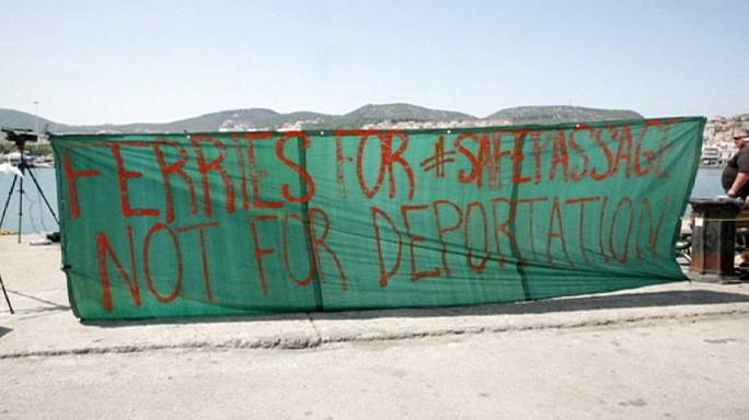 Ege Denizi'nde kaçak göçmen sayısı azaldı