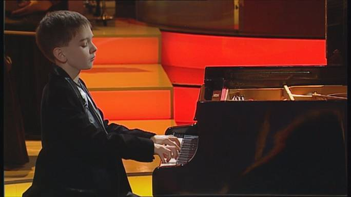 """""""Virtuosos"""", un concurso televisivo para talentos de la música clásica"""
