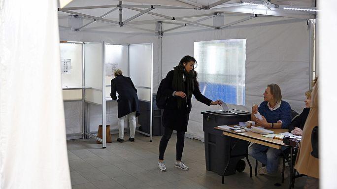 استطلاعات: الناخبون الهولنديون يرفضون اتفاقية الشراكة الاوروبية الاوكرانية