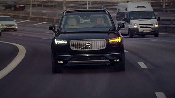Volvo lanzará pruebas con coches sin conductor en China