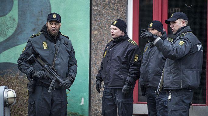 Danimarka'da DAEŞ'e polis baskını