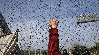 Idomeni: it's impossible to continue living like this