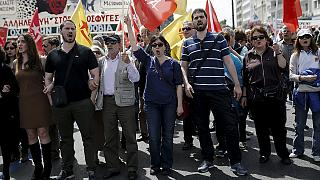 Viele Griechen streiken gegen geplante Rentenkürzungen