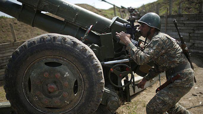 Violaciones esporádicas del alto el fuego alcanzado el martes en Nagorno Karabaj