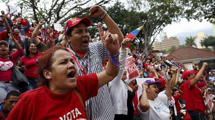 Caracas'ta Madura ve muhalefetin bilek güreşi