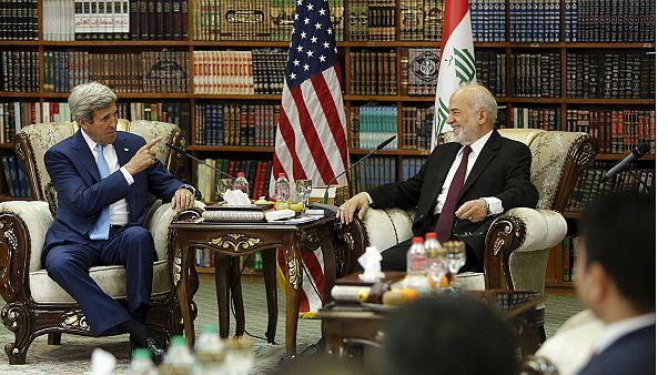 Ιράκ: Επίσκεψη Κέρι για στήριξη του πρωθυπουργού, αλ Αμπάντι