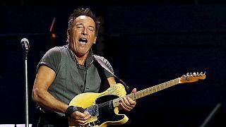 Bruce Springsteen cancela concerto em solidariedade com LGBT
