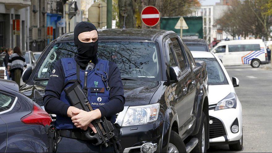 La police belge poursuit ses opérations anti-djihadistes à Bruxelles