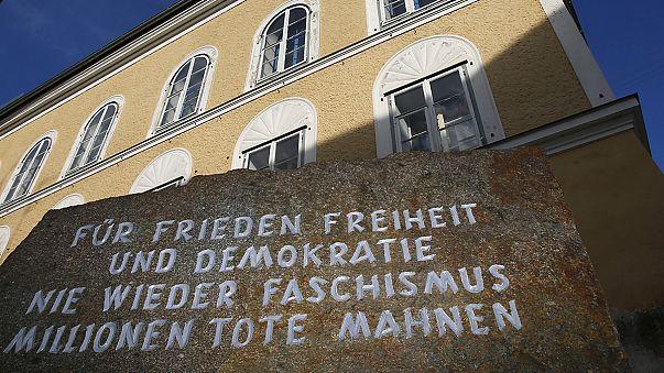 """Áustria: """"Guerra"""" jurídica em torno da casa em que Hitler nasceu"""