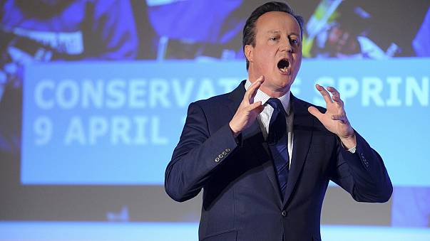 David Cameron releases tax returns in bid for transparency after Panama Papers leaks