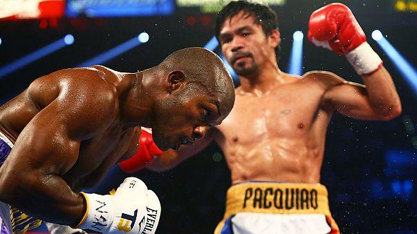 Boxe: Pacquiao saluta con una vittoria, Bradley si arrende ai punti