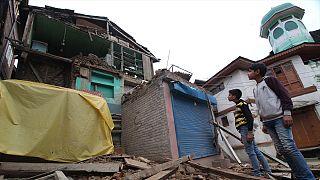 Un fuerte terremoto sacude varias capitales de Asia