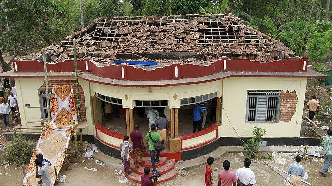 Hindistan'da havai fişek faciası: En az 105 ölü