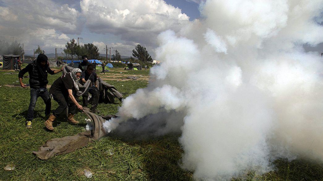 Blendgranaten und Gummigeschosse in Idomeni: Kritik an der mazedonischen Grenzpolizei