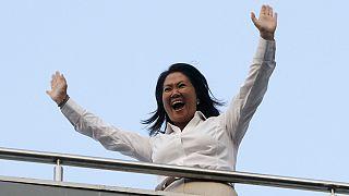 Keiko Fujimori arrasa en las presidenciales de Perú pero deberá ir a segunda vuelta