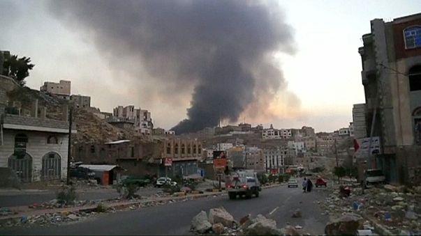 Hallgatnak a fegyverek Jemenben
