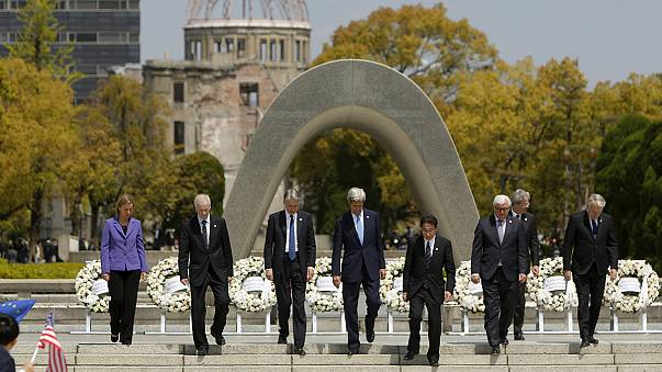 John Kerry koszorúzott, de nem kért bocsánatot Hirosimában