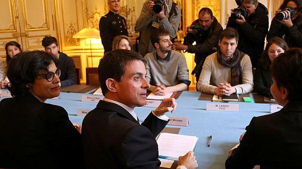 دیدار نخست وزیر فرانسه با نمایندگان دانشجویان