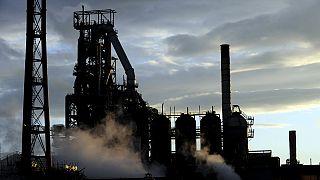 Tata Steel inicia la venta de su filial en el Reino Unido y también vende el acero largo en Europa