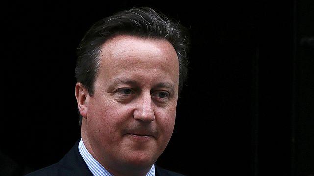 Кэмерон и Корбин поспорили об офшорах в парламенте
