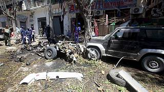 Mogadishu car bomb kills five at local government HQ