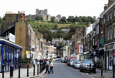 Dover\'s Castle Street looks up to the centuries-old fortress.