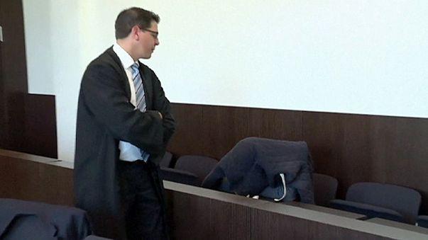 Megkezdődött az első büntetőper a szilveszteri németországi zaklatások ügyében