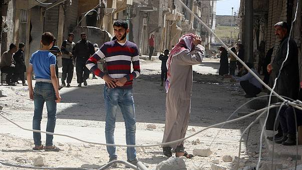 Los combates continúan en Siria en la víspera de sus primeras elecciones desde el inicio de la guerra