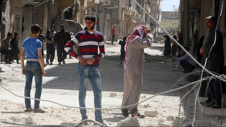 Esad güçleri yine Humus'u vurdu