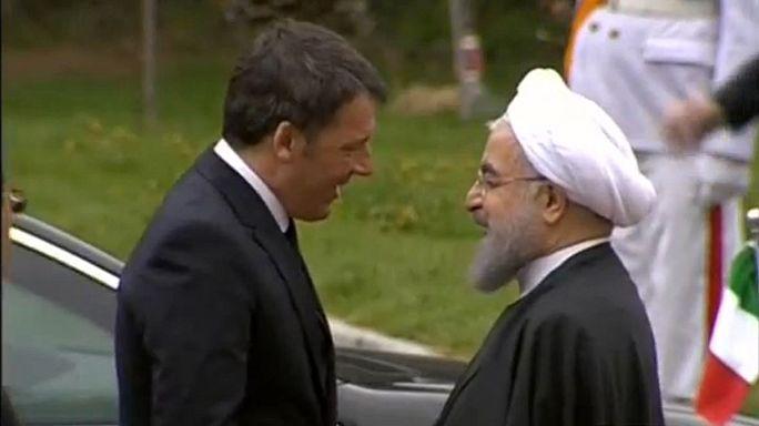 رئيس الوزراء الايطالي يصل إلى إيران في زيارة رسمية
