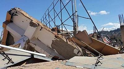 Au moins un mort dans l'effondrement d'un immeuble à Kampala