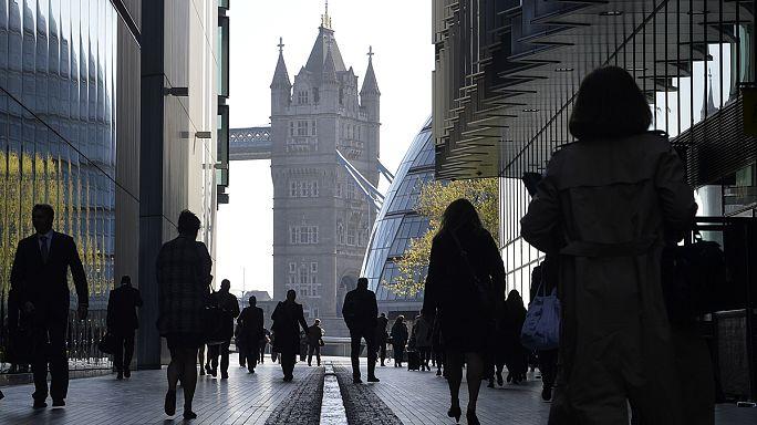 İngiltere'de tüketici fiyatları yüzde 0.5 arttı