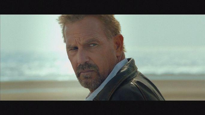 """Kevin Costner """"Suçlu"""" filmiyle sinemaseverlerle buluşuyor"""
