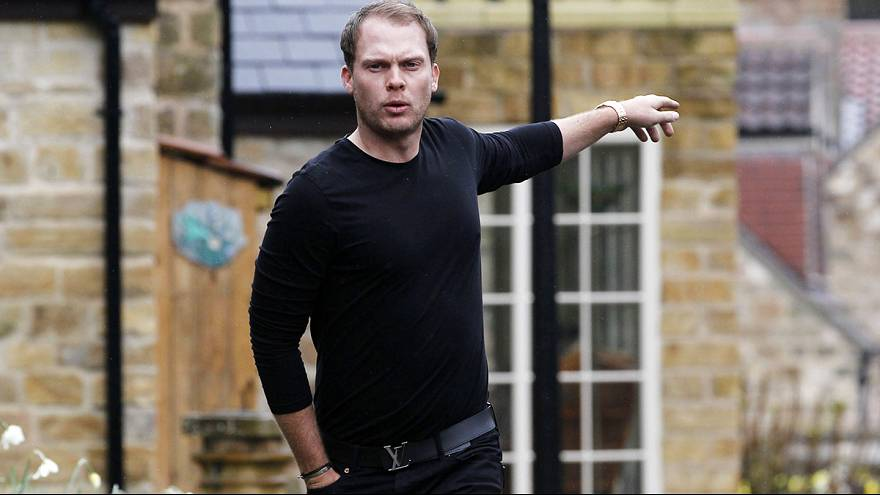 Willett arrives home after Masters triumph