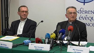 Francia: la Chiesa affronterà la pedofilia con una commissione esterna