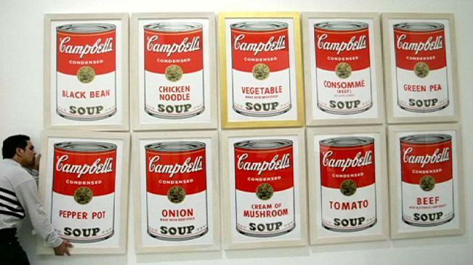 Çalınan Andy Warhol eserlerini görene 25 bin Dolar!