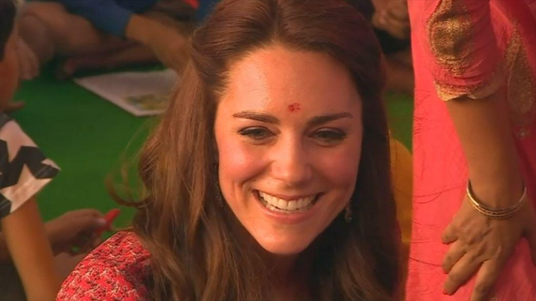 British Royals meet Indian street children
