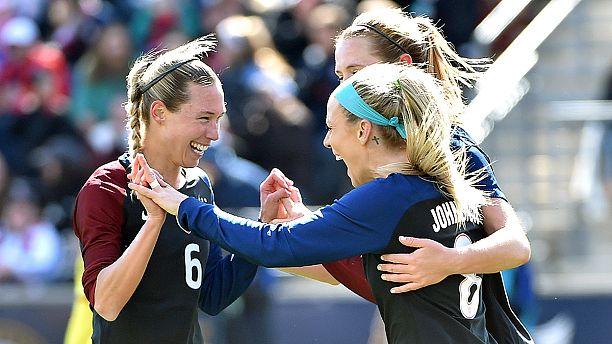 U.S. women's soccer team threatens Rio Olympic boycott over wage inequality