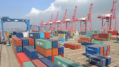 Chine : le commerce extérieur toujours sous pression en 2016