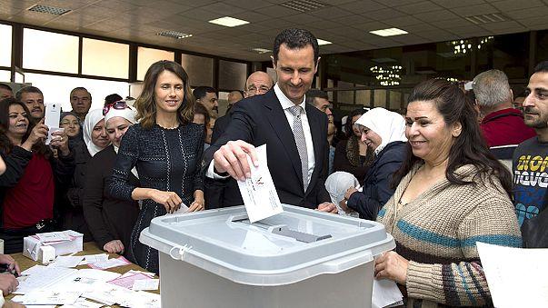 السوريون في مناطق سيطرة النظام ينتخبون مجلسهم النيابي الثاني منذ اندلاع الازمة