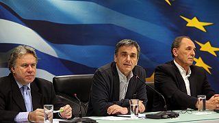 Σταθερά επιτόκια για το χρέος επιδιώκει η Αθήνα