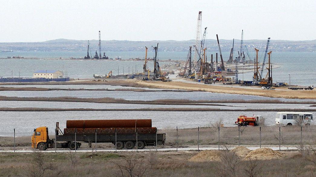 Se retrasan las obras de construcción del puente que unirá Rusia con Crimea