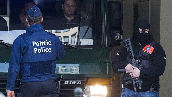 Előzetesbe kerülhetnek a terrorizmussal gyanúsítottak