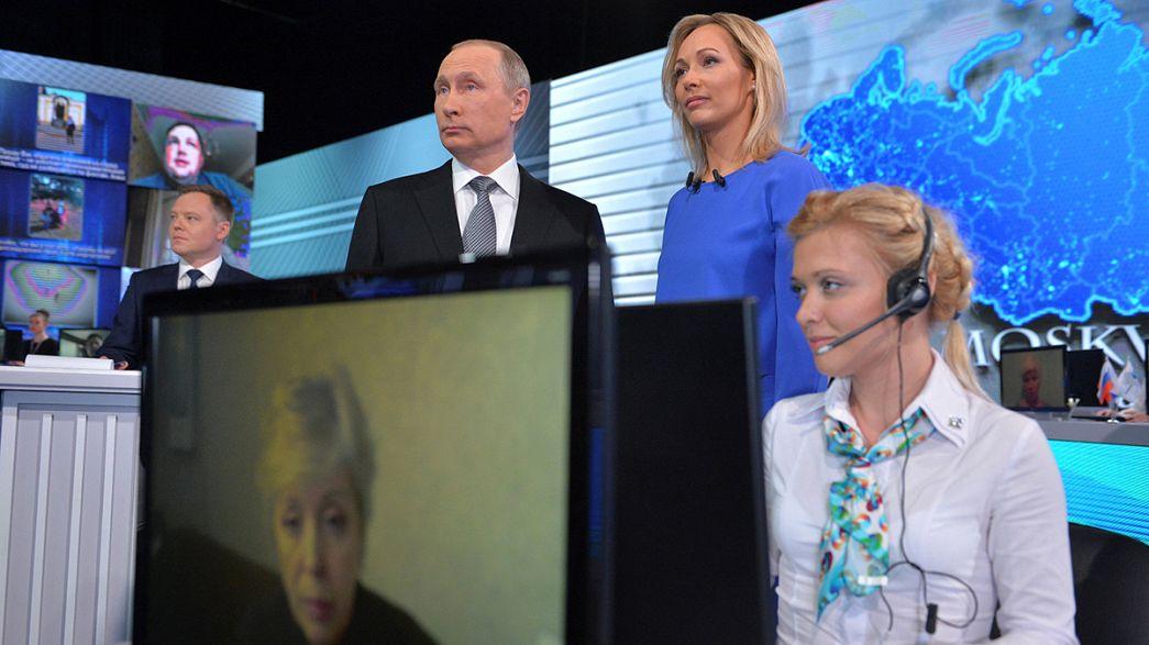 """Putin in diretta tv: in Siria è necessario avviare """"processo politico"""""""