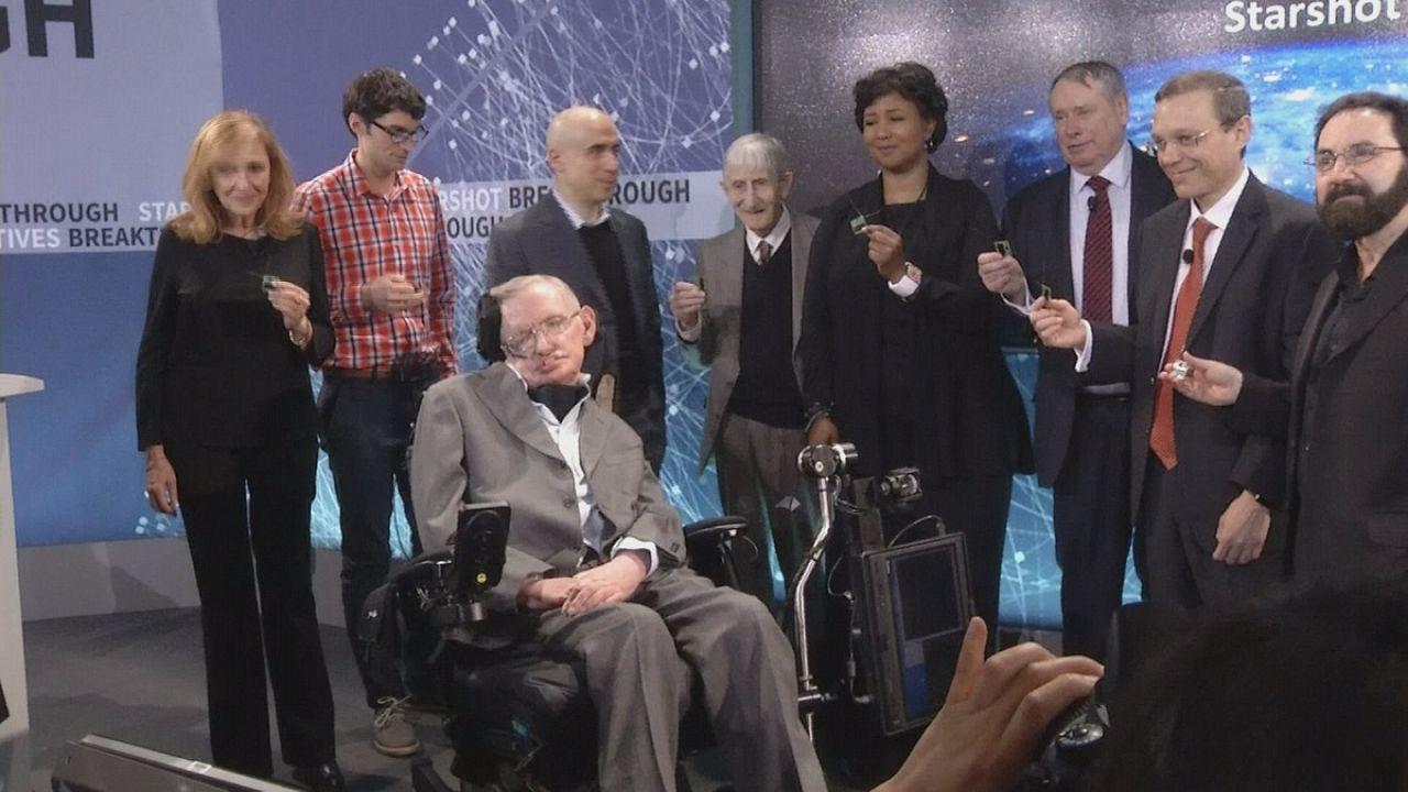 Hawking e Zuckerberg querem conhecer o sistema solar vizinho