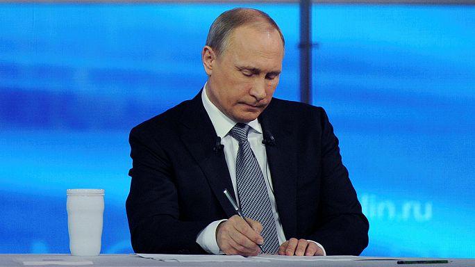 Erdogan, noyade, fiançailles, etc. : cinq drôles de questions à Vladimir Poutine