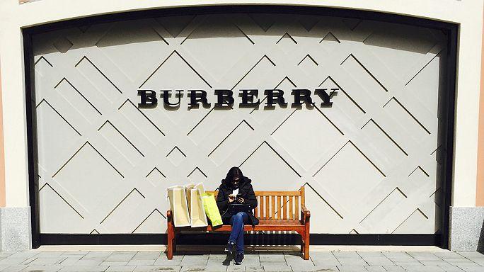 Avrupa'daki turist harcamalarının düşmesi Burberry'nin gelirlerini de azalttı