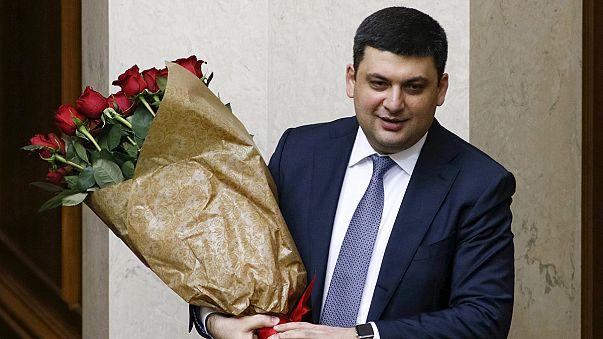Jóváhagyta a kijevi parlament az új kormány tagjait