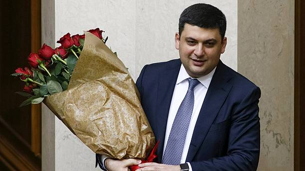EU welcomes 'crucial' approval of new Ukraine Prime Minister Hroisman
