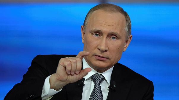 Vladímir Putin responde durante horas a las preguntas de sus ciudadanos